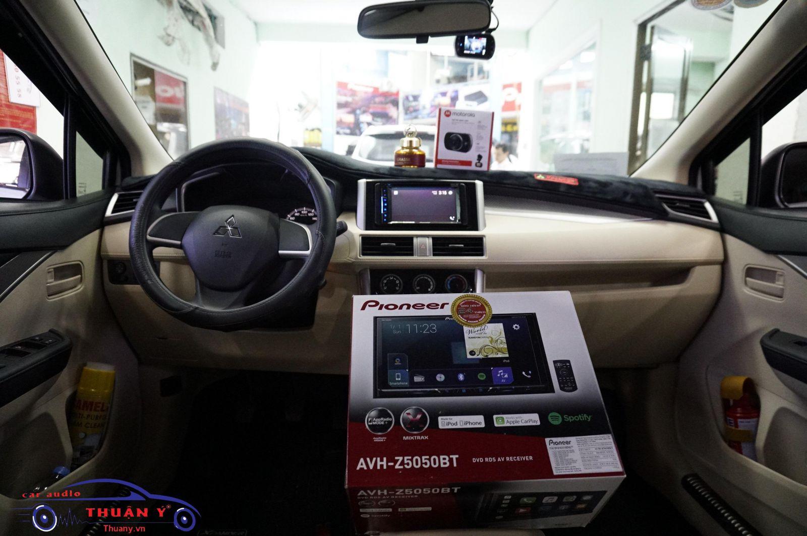 màn hình dvd xe ô tô